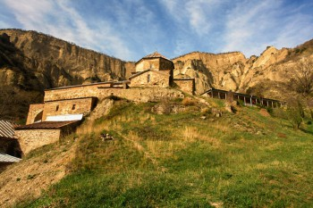 Шио-Мгвимский монастырь - Шио-мгвинский.jpg